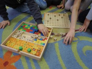 The EduMix method in early school education – children learn programming