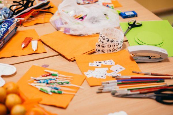 """Pomysł na Eko prezenty czyli pachnące, naturalne kosmetyki na dzień mamy i taty""""- warsztaty dla nauczycieli"""
