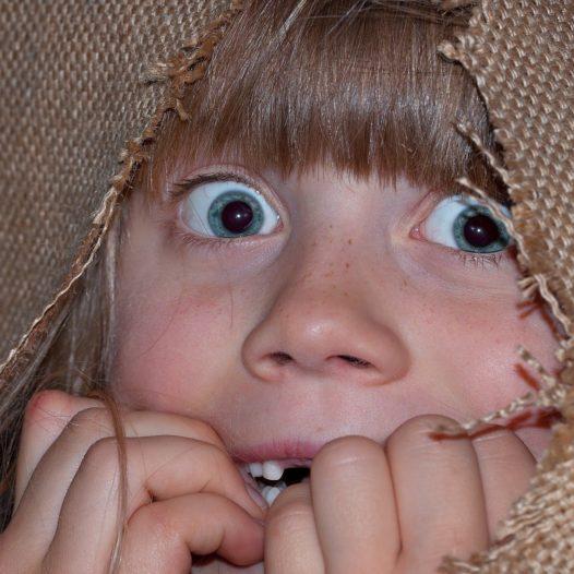 """""""Strach ma wielkie oczy""""- jak wspierać dziecko lękowe?"""