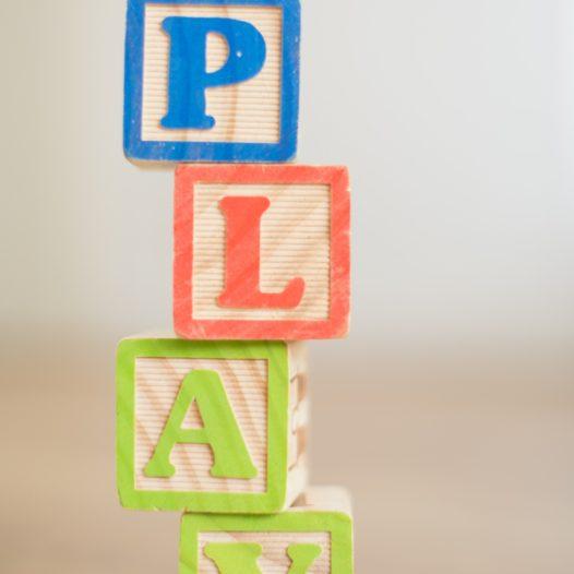 Gry i zabawy w terapii pedagogicznej do wykorzystania na zajęciach z przedszkolakami i dziećmi z klas I-III